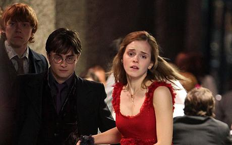 harry potter 7 movie stills. harry potter and the deathly